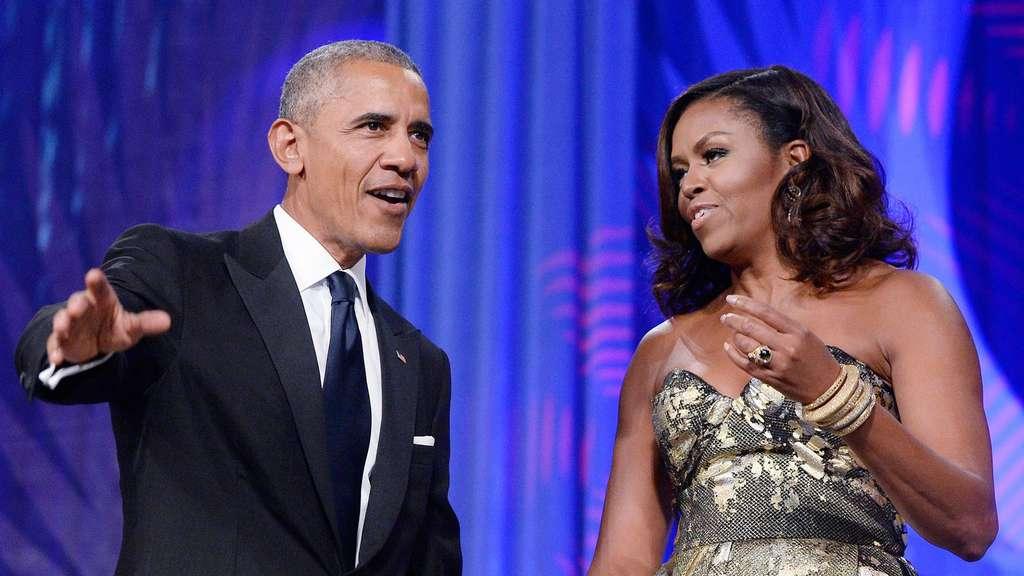 Den Vorhang im Weißen Haus ein wenig beiseite gezogen - Literatur & Vorträge