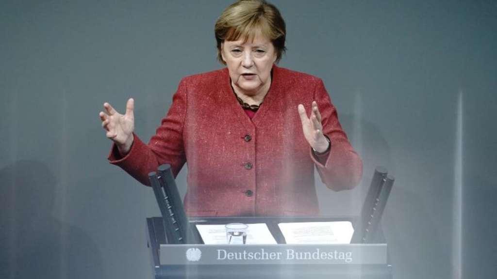 Merkel hält derzeitige Corona-Maßnahmen für