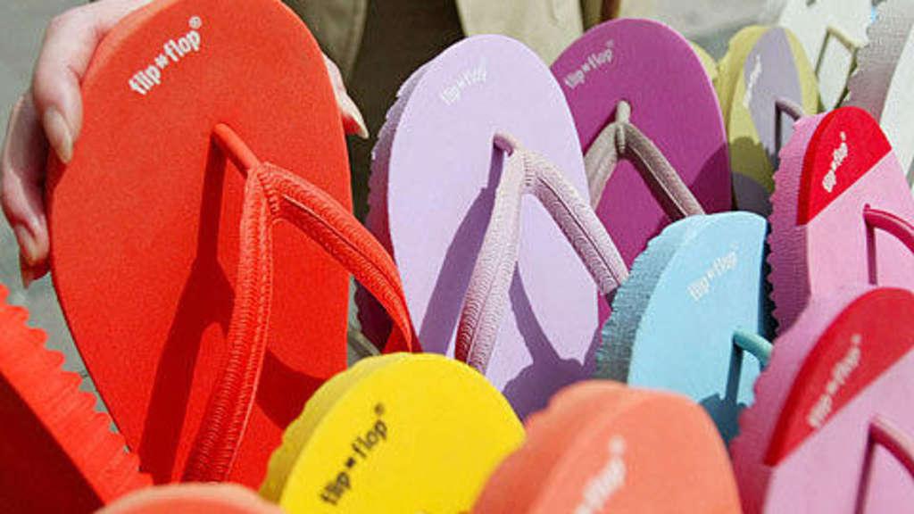 detailing 1a2ef 74ee1 Flip Flops für torkelnde Frauen | Panorama