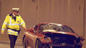 Ronaldo Zerlegt Ferrari Bei Unfall Panorama
