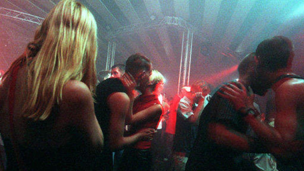 Single party heute main kinzig kreis [PUNIQRANDLINE-(au-dating-names.txt) 40