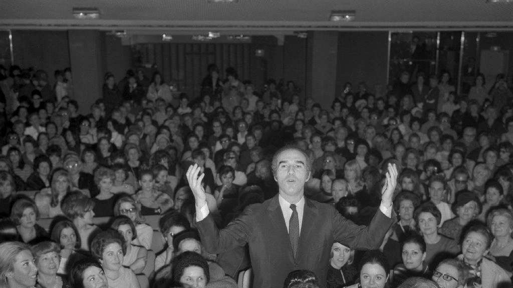 Michel Piccoli bei einer Filmpremiere 1967 in Paris.