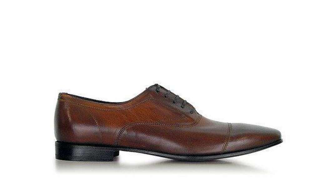 Keine Braunen Schuhe Nach Sechs Karriere