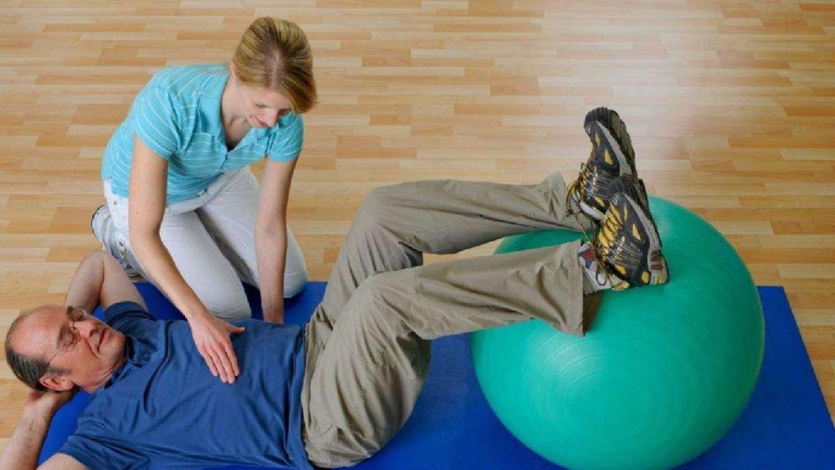 Dehnen gegen die Rückenschmerzen - Gesundheit
