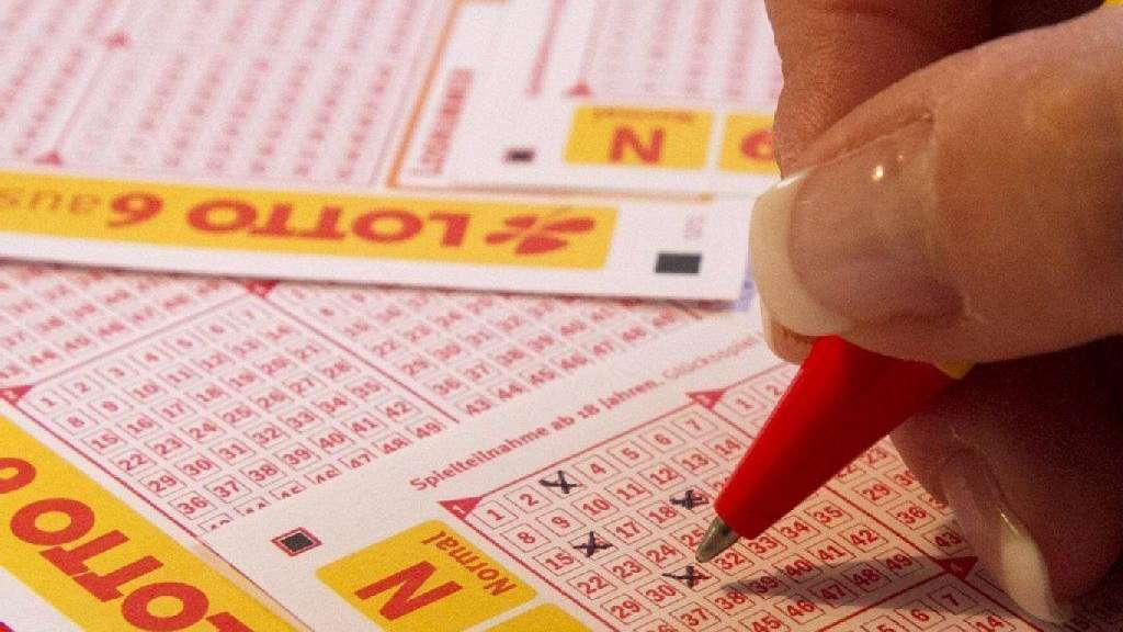 Lotto Weihnachten.Frankfurt Hat Einen Lottomillionär Lotto Bayern