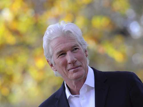 Star-Besetzung um Richard Gere in