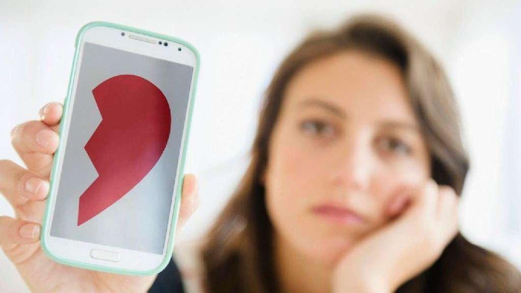 Sein Handy ausspionieren – Darf man heimlich die Nachrichten des Partners lesen?