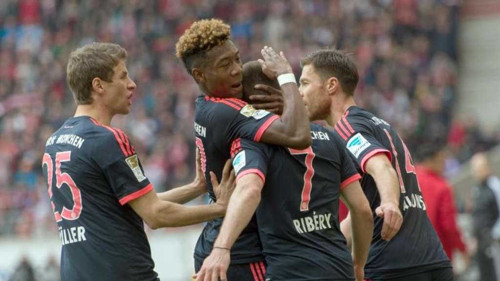Hintergrund Fc Bayern Mit 1 0 Im Hinspiel Daheim Fussball