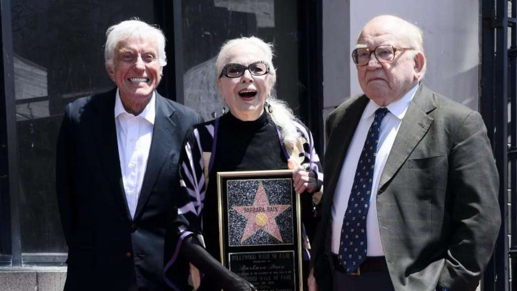 TV-Star Barbara Bain mit Hollywood-Stern geehrt