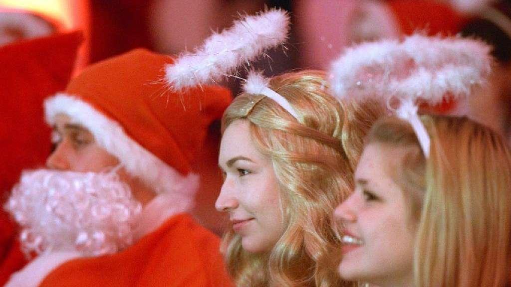 Alkohol Weihnachtsfeier.So Blamieren Sie Sich Nicht Auf Der Diesjährigen Weihnachtsfeier