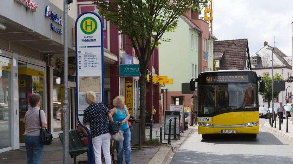 Ein Bus Auf Weiter Flur Stadtwerke München