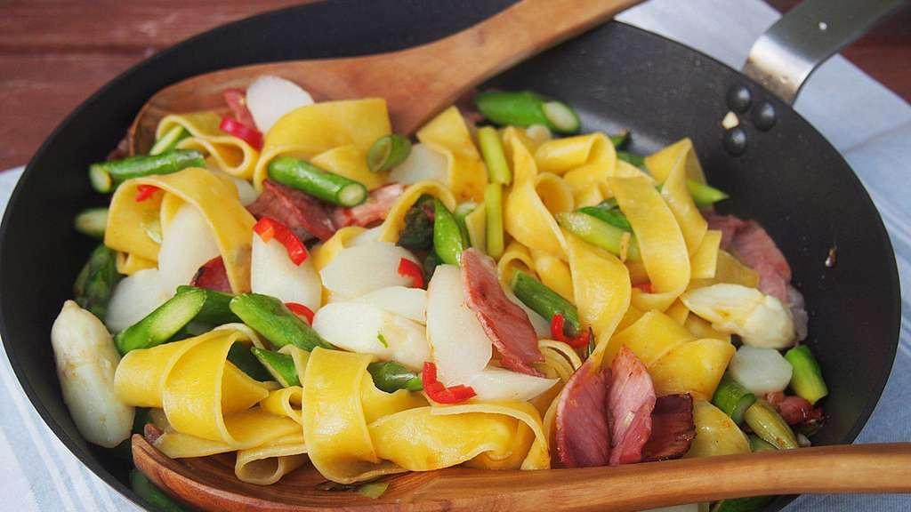 Spargel Mit Pasta Und Bacon Gesundheit