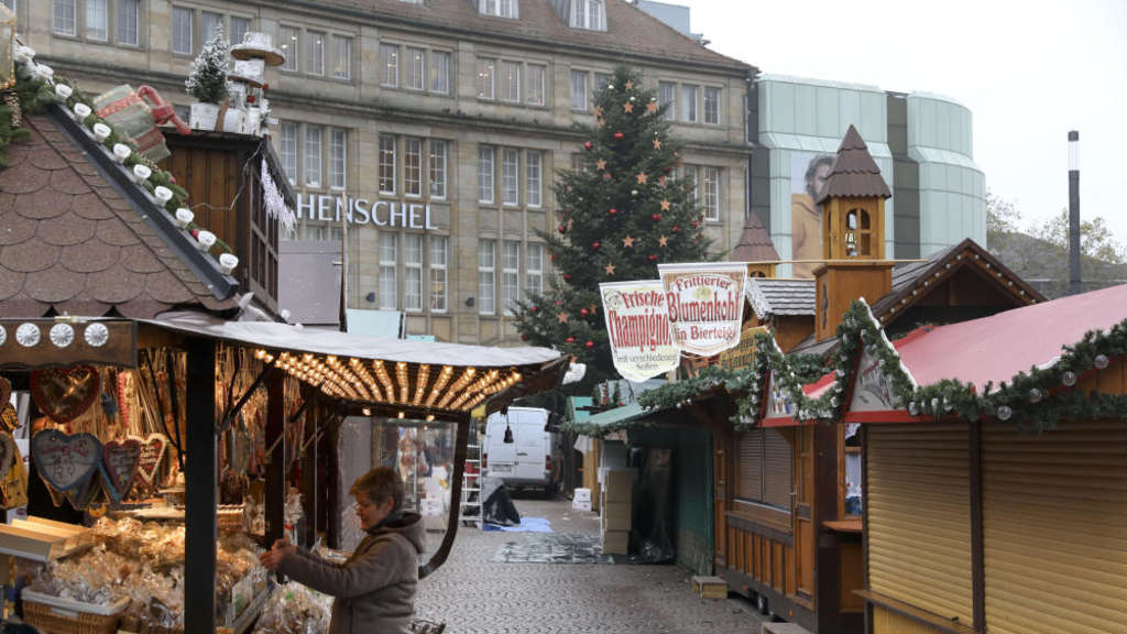 Totensonntag Weihnachtsmarkt.Kirchen Kritisieren Frühen Weihnachtsmarkt Weihnachten
