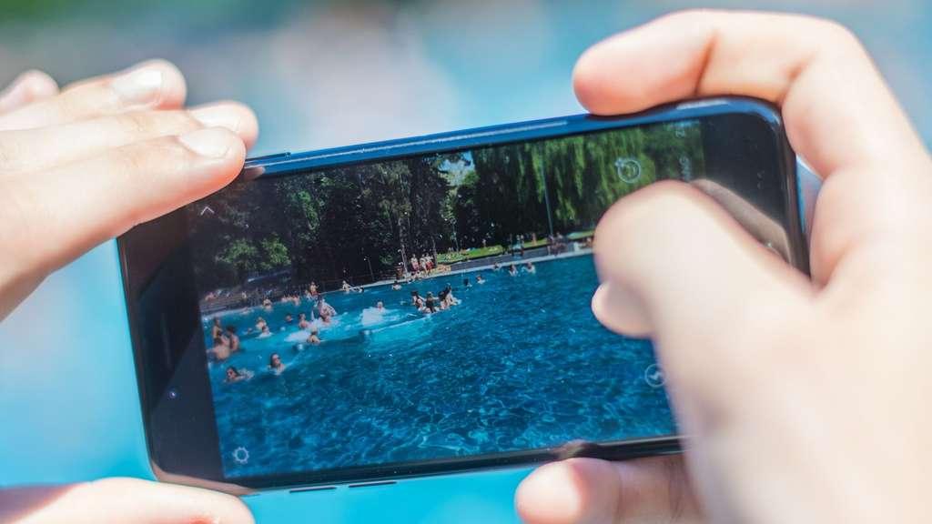 Ungewollt gelöschte Bilder auf Smartphone wiederherstellen | Wissen