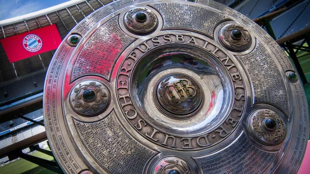 Ein Puzzle Mit Vielen Teilen Der Bundesliga Spielplan