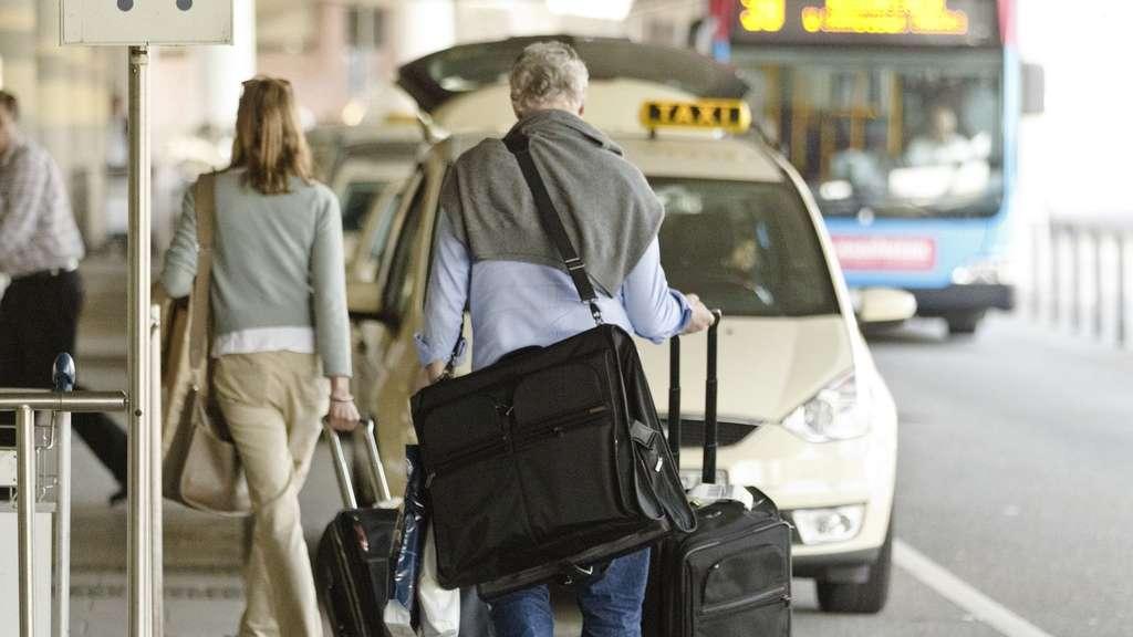 Wie Urlauber Die Abzocke Am Flughafen Vermeiden Reise
