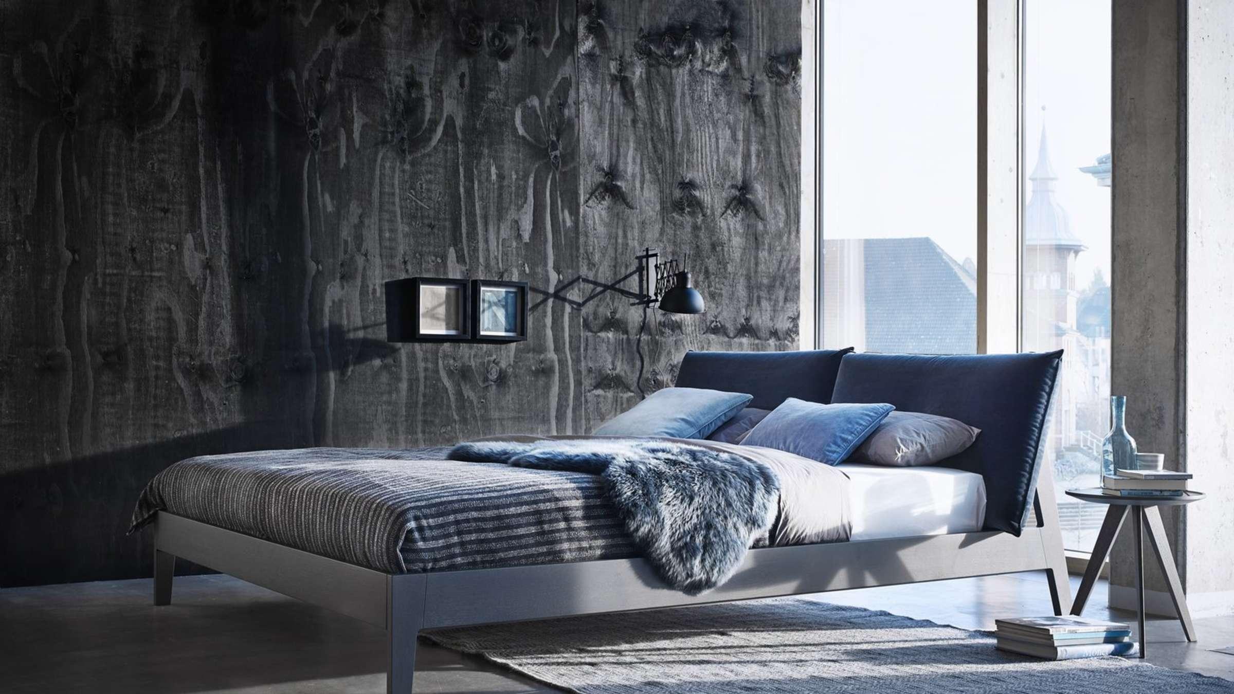 Kühle Farben im Schlafzimmer wirken beruhigend  Wohnen