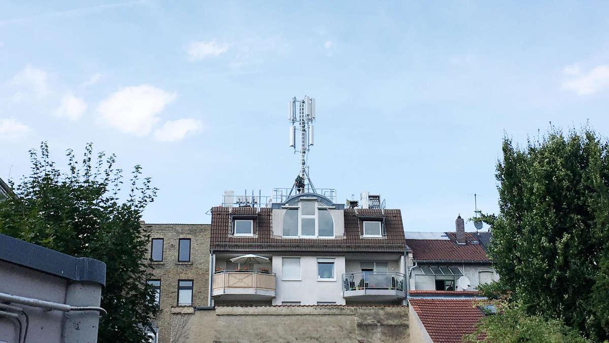 Telekom Baut Funksendemast In Darmstadt Um Darmstadt