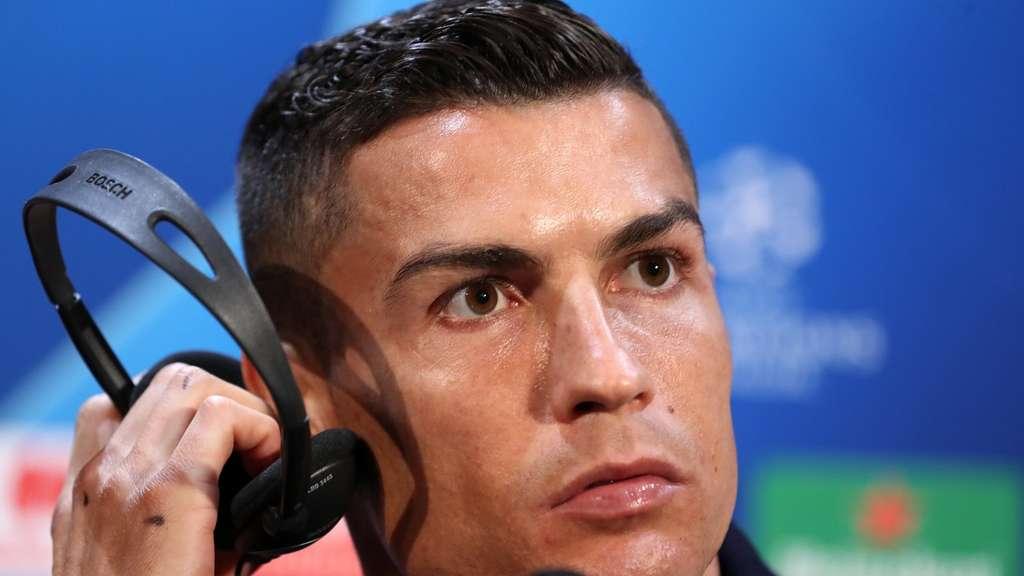 Ronaldo Uert Sich Zu Vergewaltigungsvorwurf Fussball