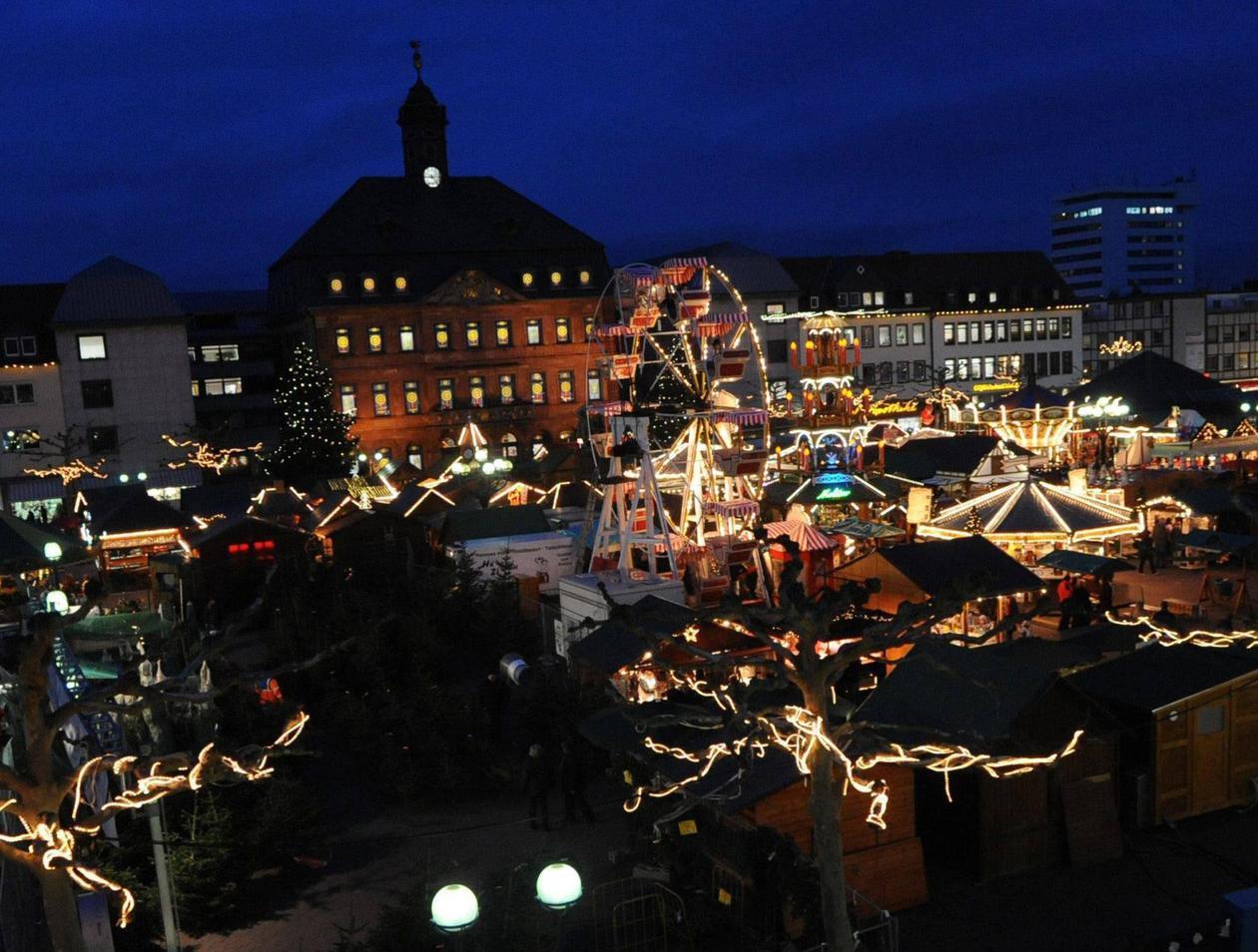 Weihnachtsmarkt Hanau.Weihnachtsmarkt Auf Marktplatz Hanau