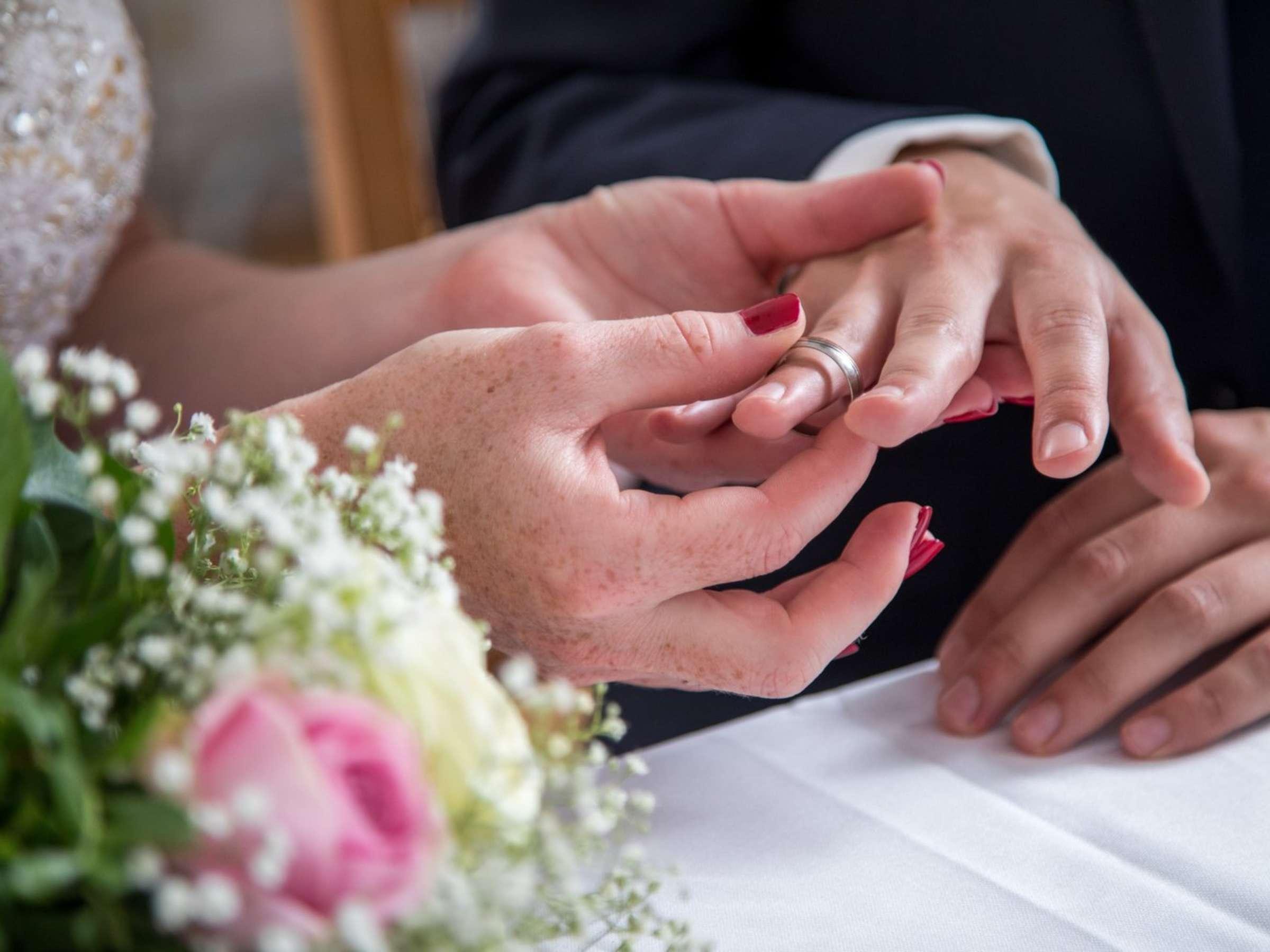 Durfen Arbeitnehmer Bei Eigener Hochzeit Frei Nehmen Karriere