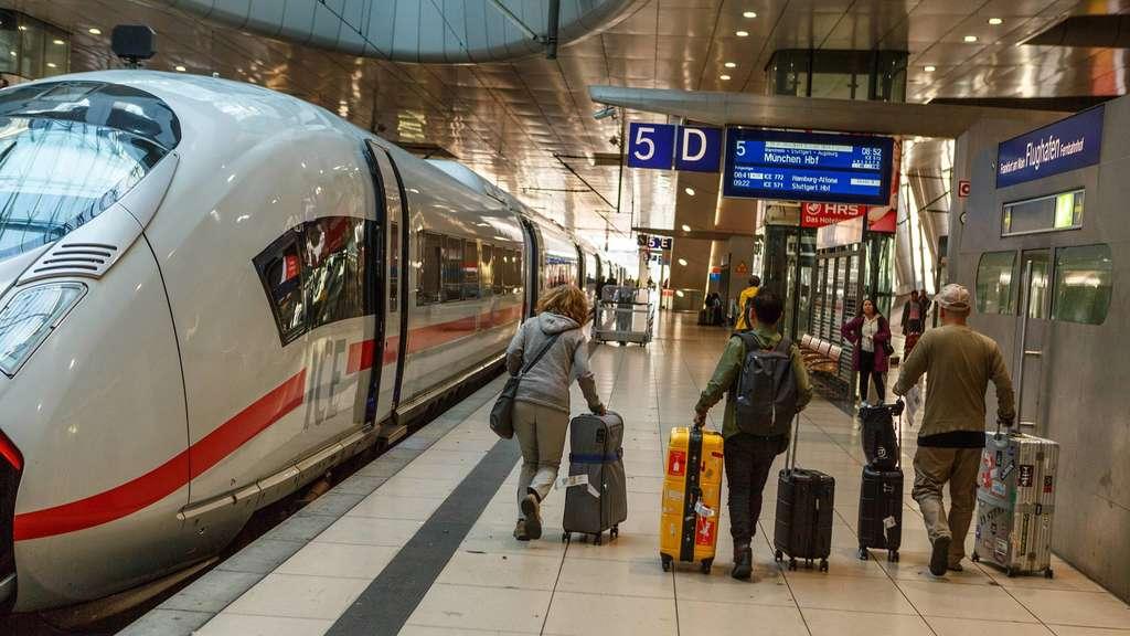 Barrierefrei Vom Fernbahnhof Zur S Bahn Flughafen Frankfurt