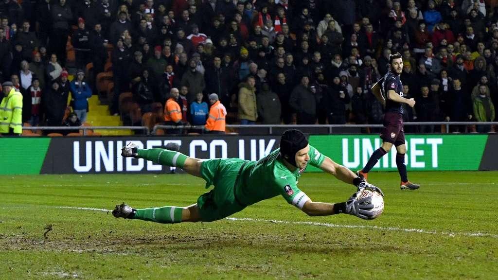 Arsenal Torwart Cech Karriereende Im Sommer Fussball