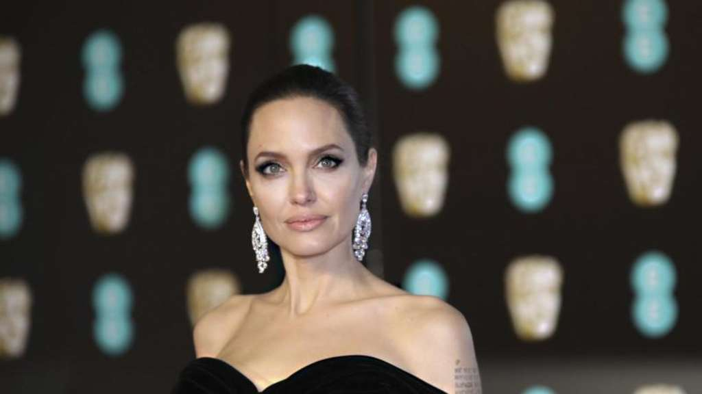 "Angelina Jolie dreht Thriller ""Those Who Wish Me Dead"""