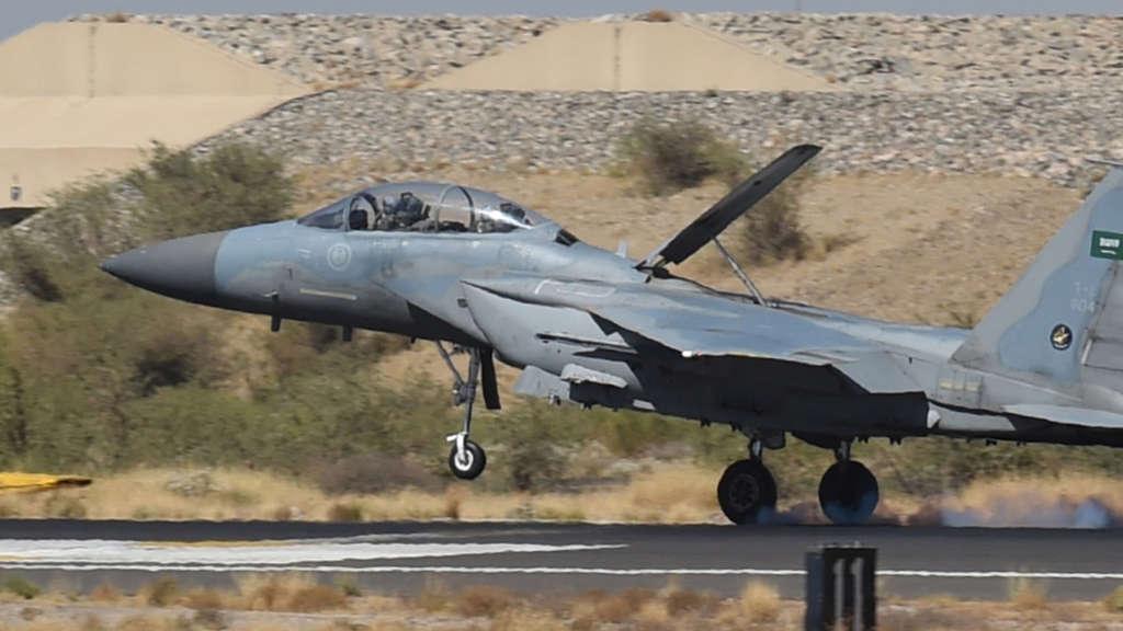 Kampfflugzeuge verkaufen sich am besten.
