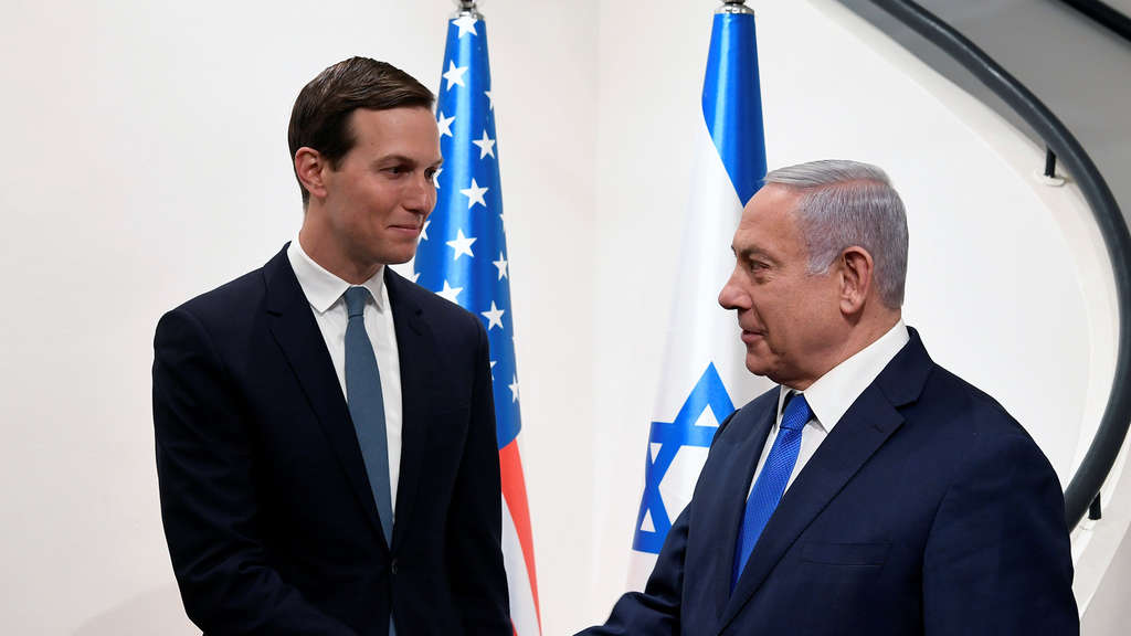 Jared Kushner (links) und Benjamin Netanjahu.