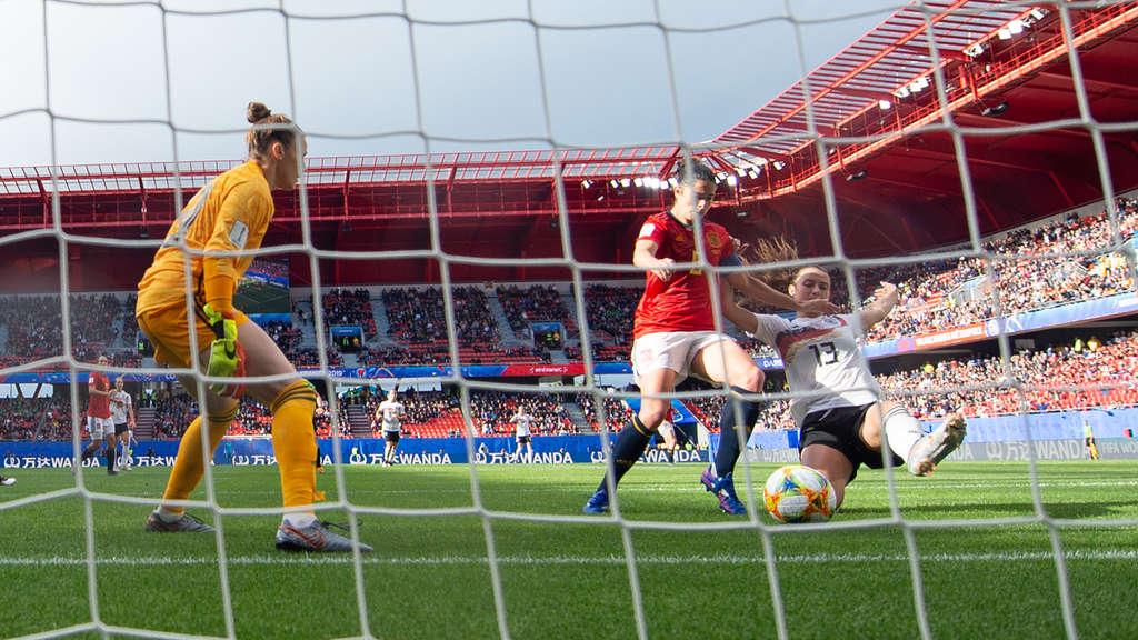 Fussball Wm Deutschland Gegen Spanien Im Minimalistenmodus