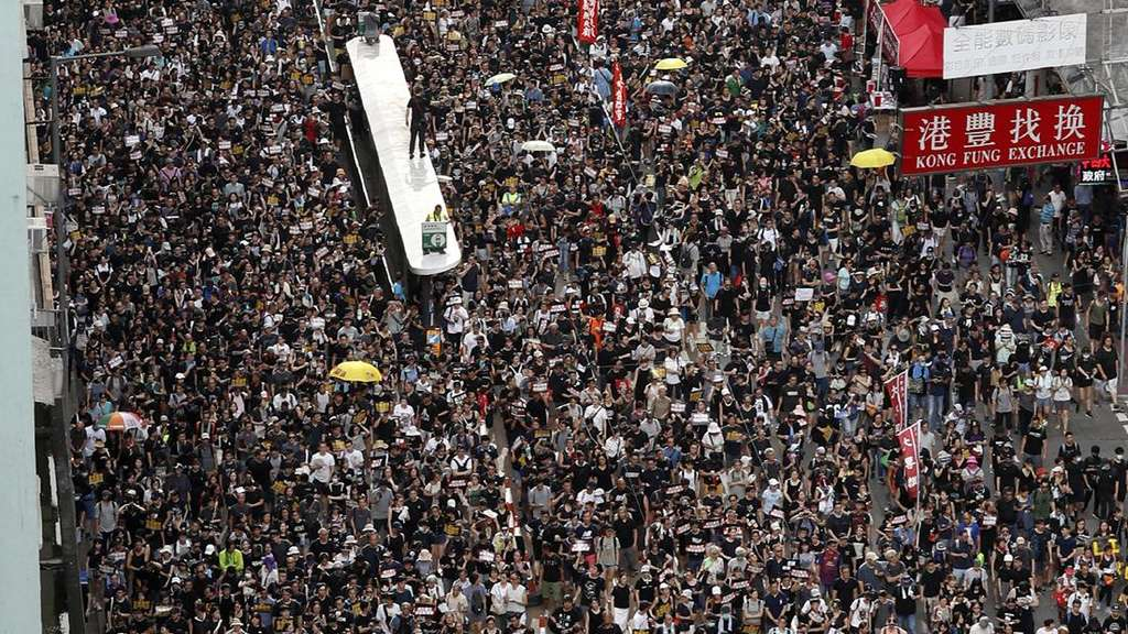 Neue Massendemonstrationen in Hongkong.