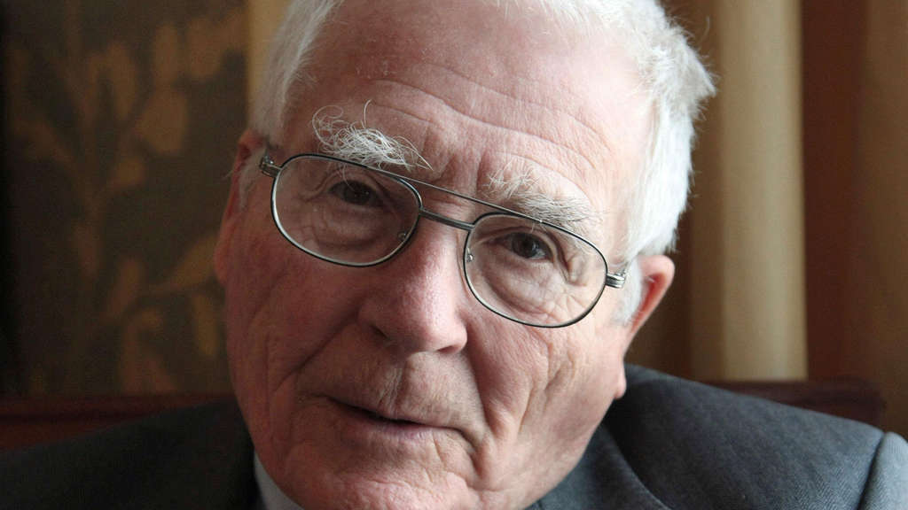James Lovelock 2009 in Paris.