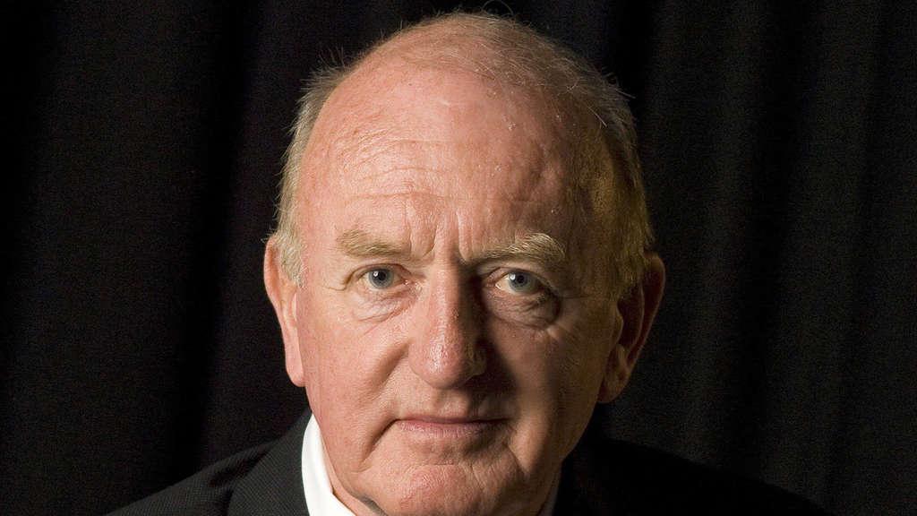 John Charles Gerald Röhl, 1938 in London geboren, machte sich Röhl vor allem mit seinen Wilhelminismus-Studien einen Namen.