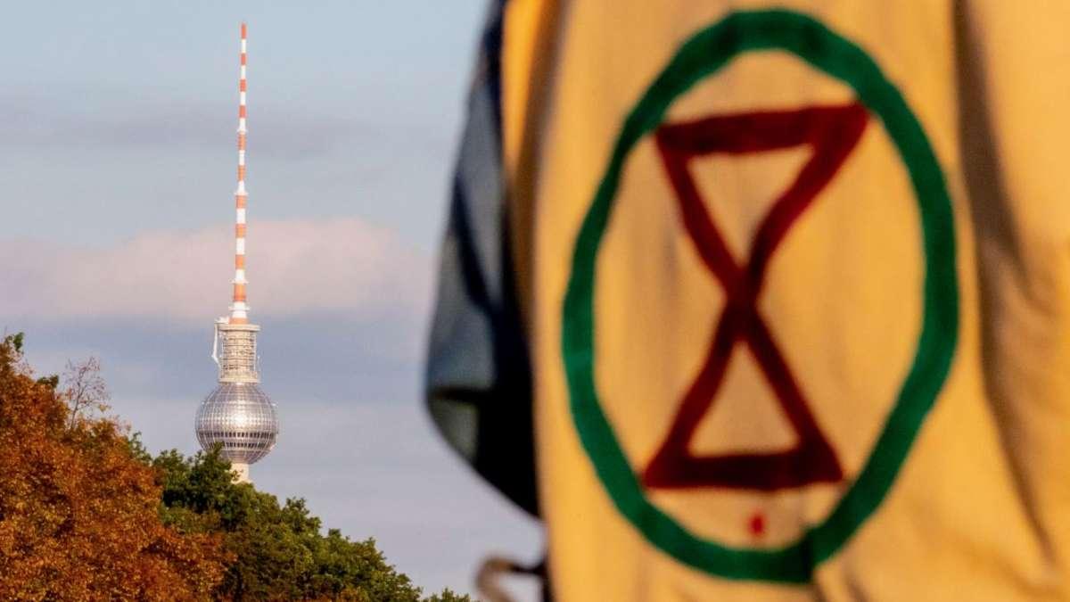 """Jutta Ditfurth: """"Extinction Rebellion ist eine Weltuntergangssekte"""""""