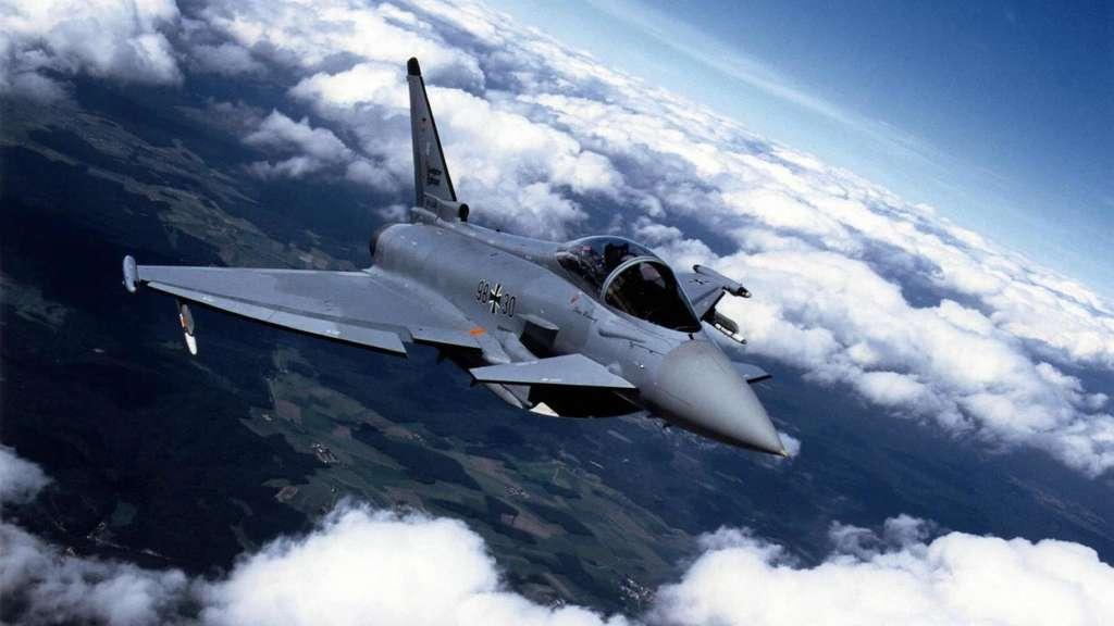 Wird die Bestellung von Eurofightern vorgezogen? dpa