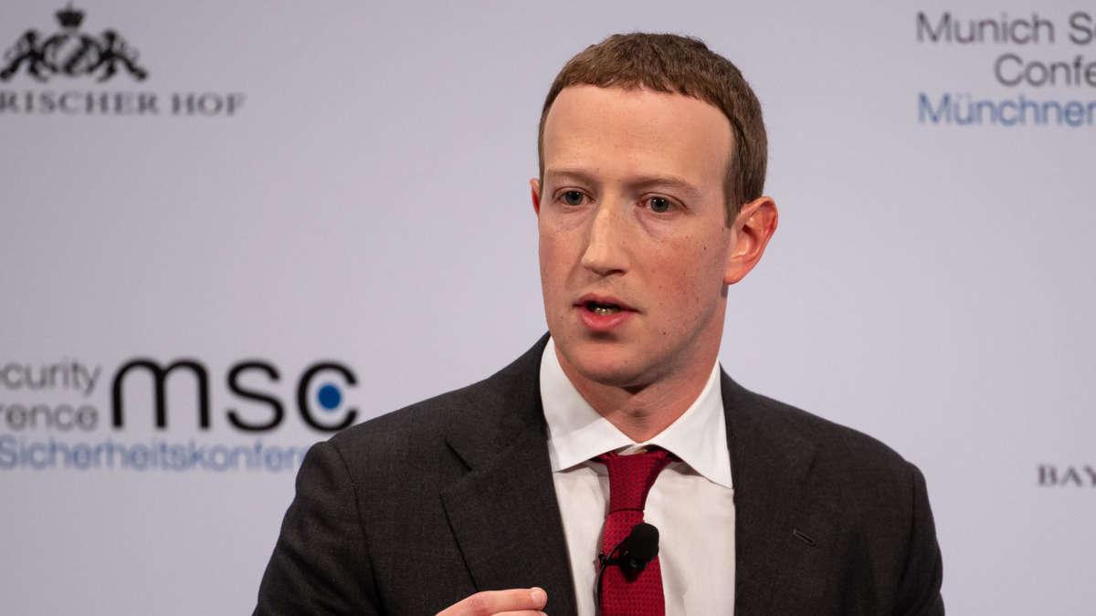 Facebook beugt sich