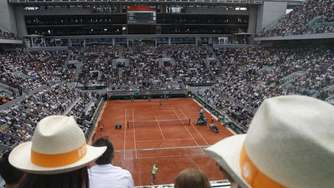 Tennis-Fans bei French Open in Paris zugelassen