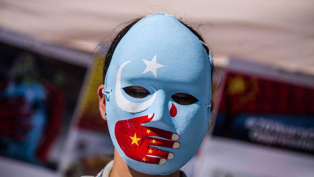 Protest gegen die Unterdrückung der Uiguren. imago