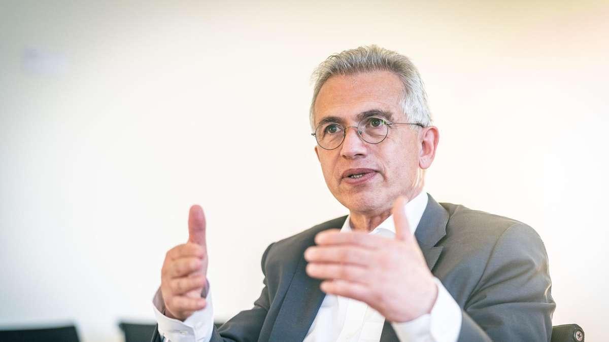"""Frankfurter OB Peter Feldmann: """"Die Menschen werden sich nicht mehr lange einschränken lassen"""""""