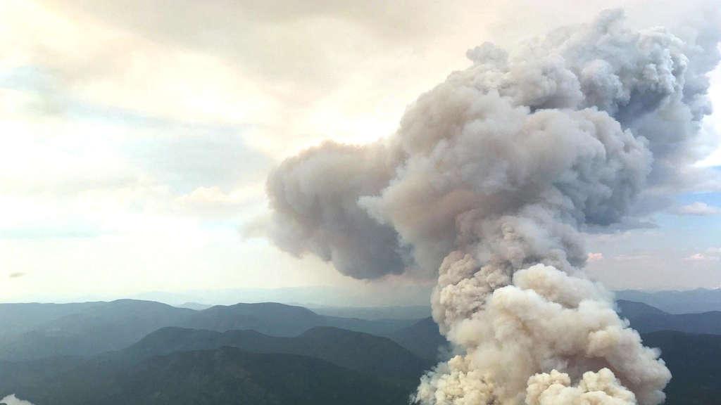 Anfang Juli brechen im knochentrockenen British Columbia nach Blitzeinschlägen Waldbrände aus. BC Wilfire Service via ABACAPRESS.COM/dpa