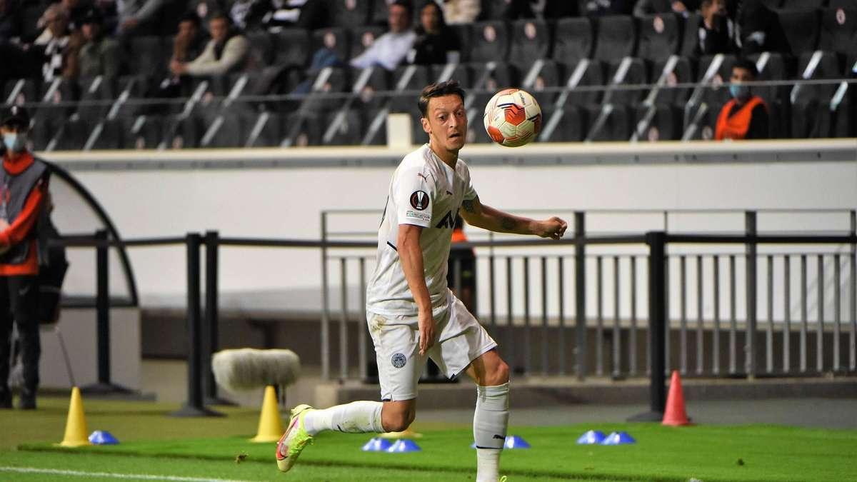 Die Rückkehr des Mesut Özil - Noch immer eine Reizfigur